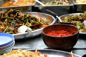 Forskellige typer thai mad
